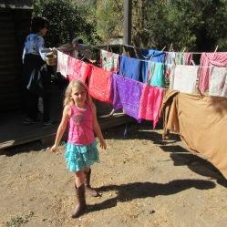 wash-hang-clothes