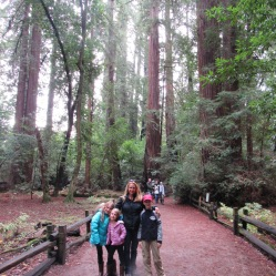 cowell-mom-and-kids-backdrop-trees